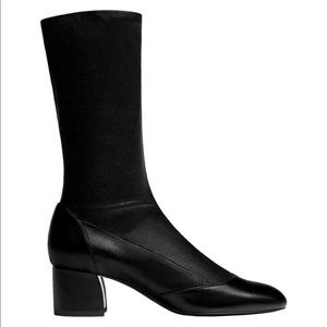 MASSIMO DUTTI black leather stretch ankle boots